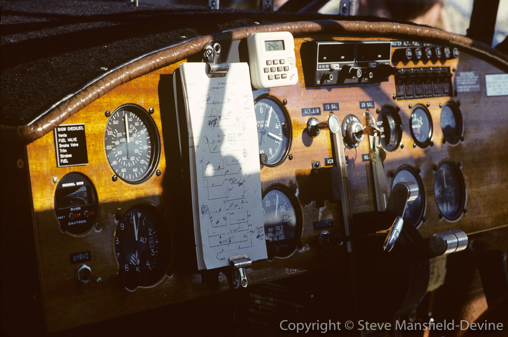 Instrument panel of Sorrell Hyperbipe aeroplane with Aresti aerobatic sequence